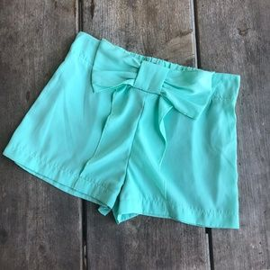 Love Culture Mint Green Bow Shorts Size Small